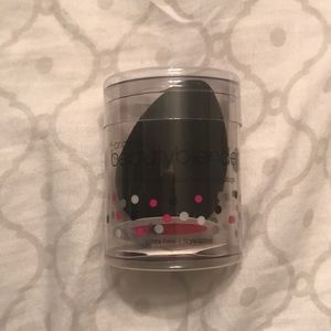 Black Beauty Blender